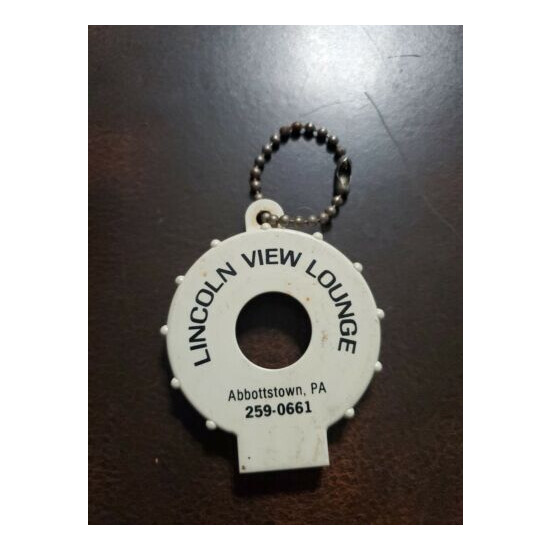 Vintage 1970s Lincoln View Lounge Abbotstown Pa Keychain Btl Opener