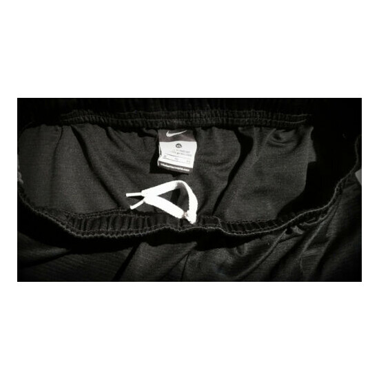 NIKE ADULT XL JOGGING ATHLETIC SHORTS 36-38 INCH WAIST NEW WITHOUT TAGS